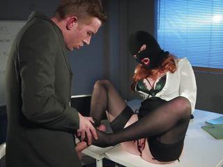 Секс ебля в рот