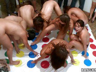 Порно вечеринки в хорошем качестве
