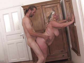 Зрелое мамочки онлайн видео