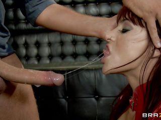 Смотреть порно госпожа киски