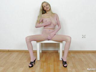 Порно нарезка трахов