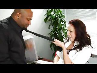 Порно видео белая с негром