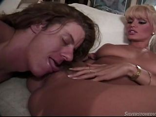 Блондинки секс з неграми