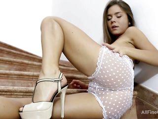Красивое нежное порно онлайн