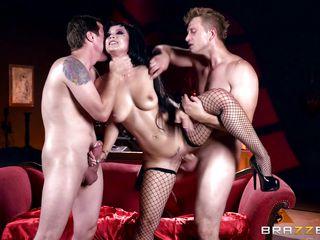 Обалдеть порно с большим членом грубый секс