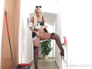 Французское порно служанки