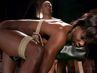 Порно видео пирсинг сосков