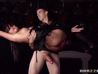 Порно госпожа заставили лизать жопу
