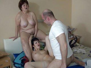 Смотреть секс госпожа и рабыня