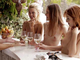 Голые красивые девушки порно бесплатно