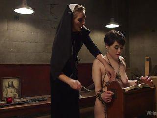 Скачать порно фильм монашка