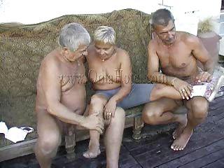 Порно совратил жену