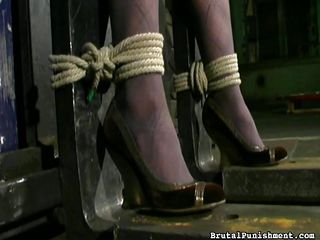 Госпожа рабыня порно скачать