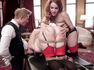 Порно начальник ебет секретаршу