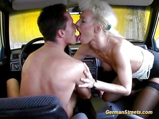 Секс развратных немецких бабушка