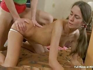Порно видео русское домашнее шлюх