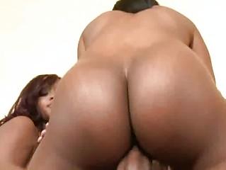 Порно большие жопы двойное