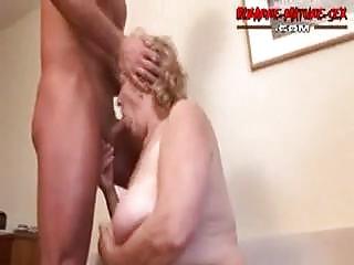 Ссут в рот порно онлайн