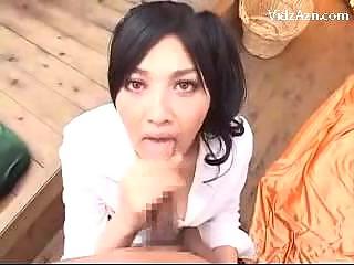 Видео порка девушки в белом платье