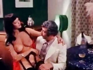 Шлюха давалка порно рассказ