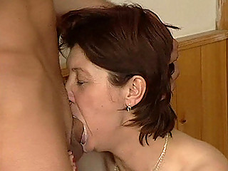 Порно видео зрелые дамы оргии
