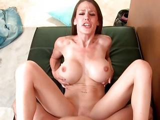 Жена шлюха порно куколд