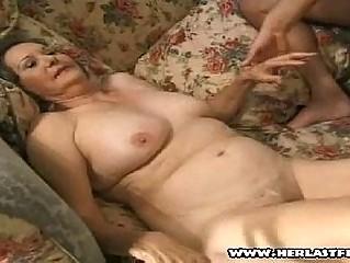 Порно домохозяйки зрелые бесплатно