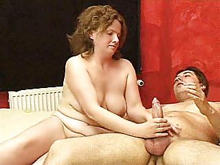 Порно домохозяйка трахнула сантехника