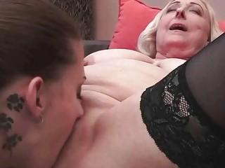 Порно фото толстозадых молоденьких домохозяек