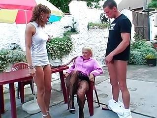 Порно пати госпожа писсинг