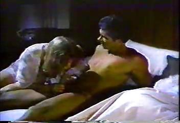 Порно со зрелыми шлюхами