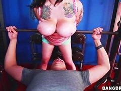 Огромные толстушки порно