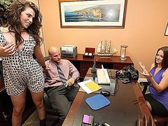 Жена отсосала шефу