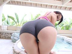 Порно видео 720 hd худая