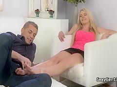 Порно массаж красотки