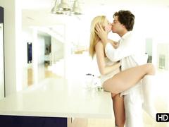 Смотреть порно молоденькие латинки