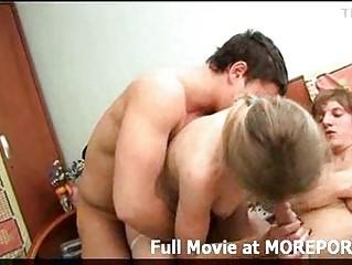 Порно видео кончающие зрелые дамы