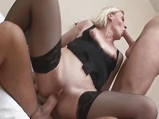 Смотреть порно зрелых блондинок