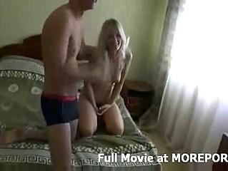 Порно видео зрелых в колготках