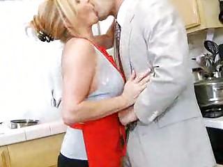 Порно зрелых в эротическом белье