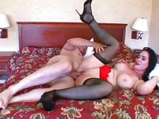 Порно зрелые женщины улица русское