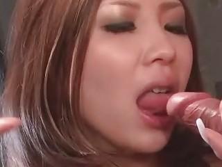Анальный секс с игрушками видео