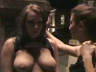 Порно онлайн публичное унижение